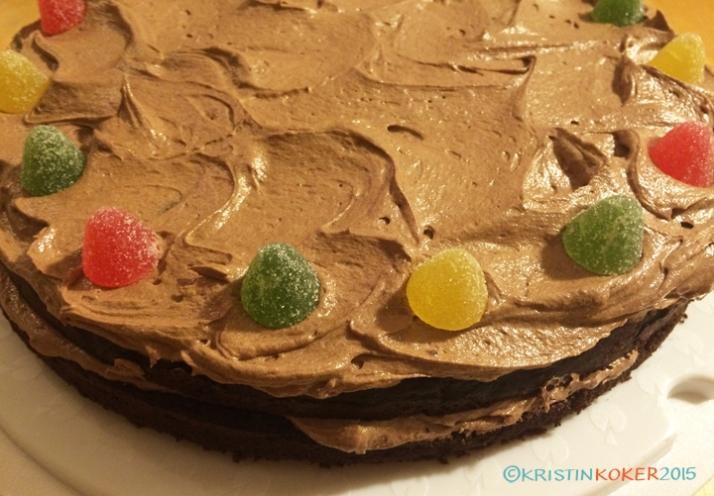 sjokoladekake_med_glasur3_web