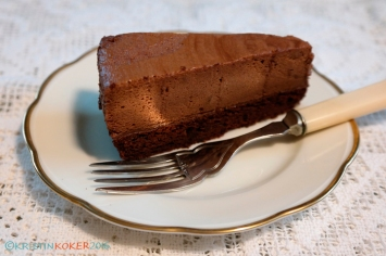 sjokolademoussekake, melkefri sjokolademousse, glutenfri kake